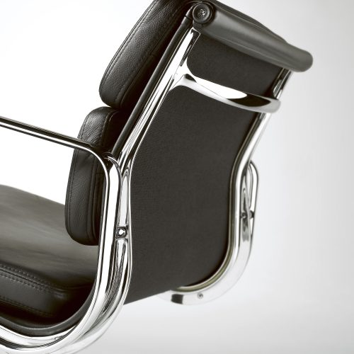 Black leather and chrome executive chair - Furniture photography