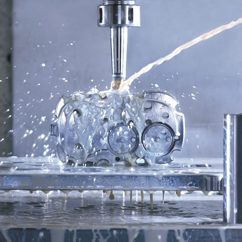 Milling machine with water - Industrial photography